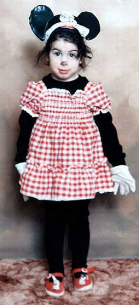 A six-yea-old Amy Winehouse as Minnie Mouse